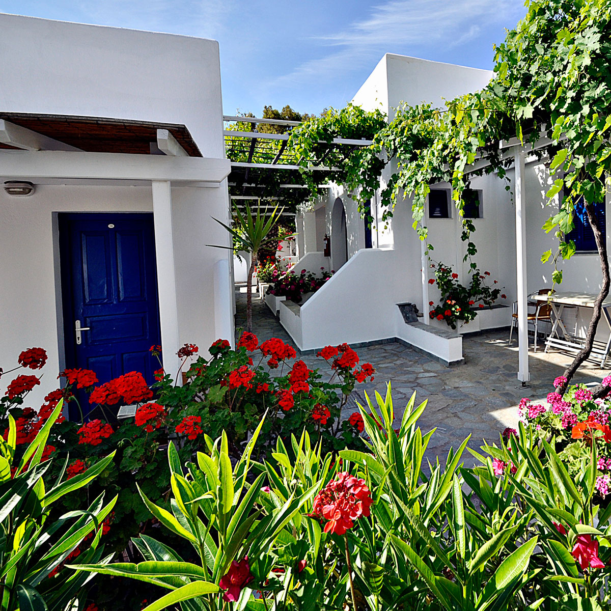 Serifos Accommodation for 2 persons